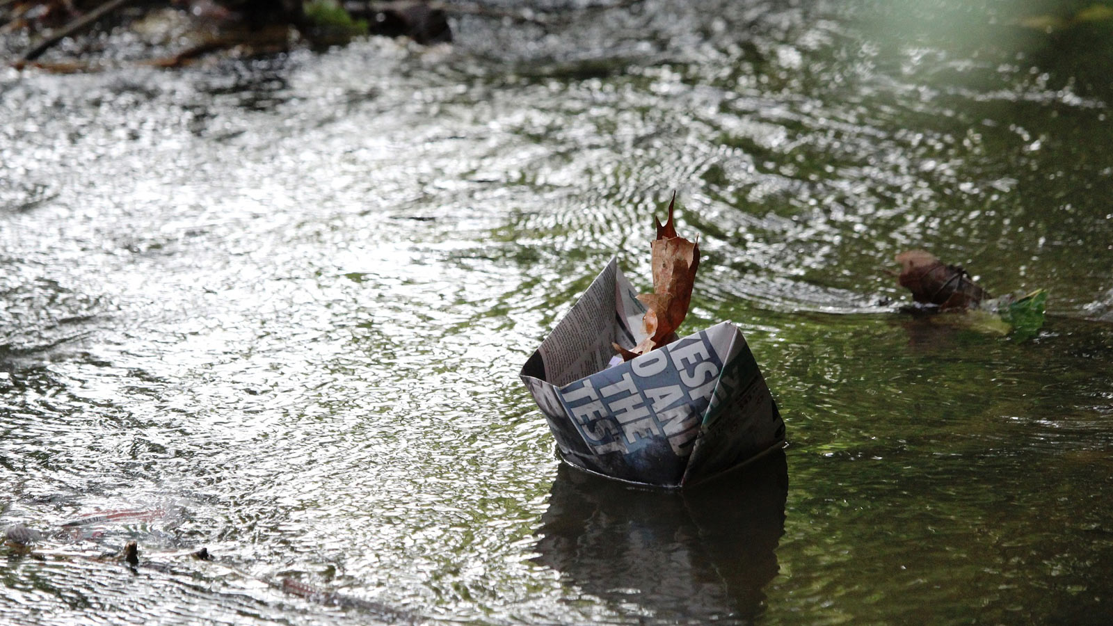 Newspaper in water | Video Training Southeast